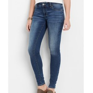Medium wash Jegging made with REPREVE